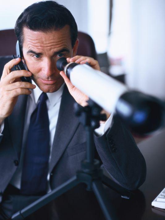 بررسی و نظارت دستی بر ارتباطات تلفنی خود را متوقف کنید تا موفق شوید